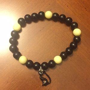 Avon Spooky nights stretch bracelet